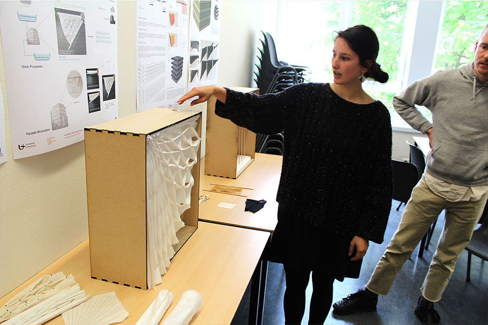 efnMobil-UAntwerp_06_Final-presentation-of-workshop-results-project-by-Ch.-Ackermann,-T.-Berger,-A.-Chen,-J.-Randol.jpg