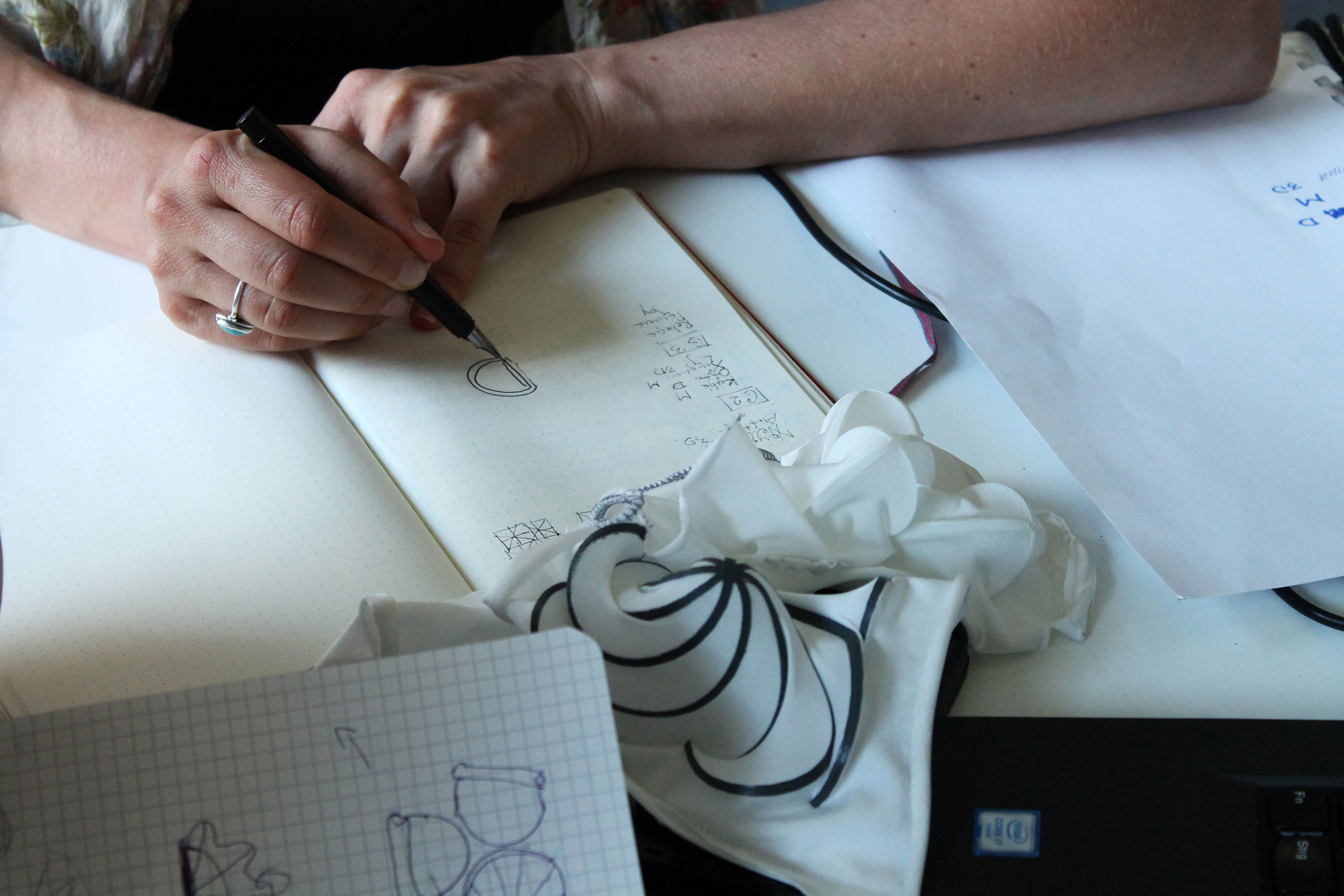 Self-Shaping-Textiles-07